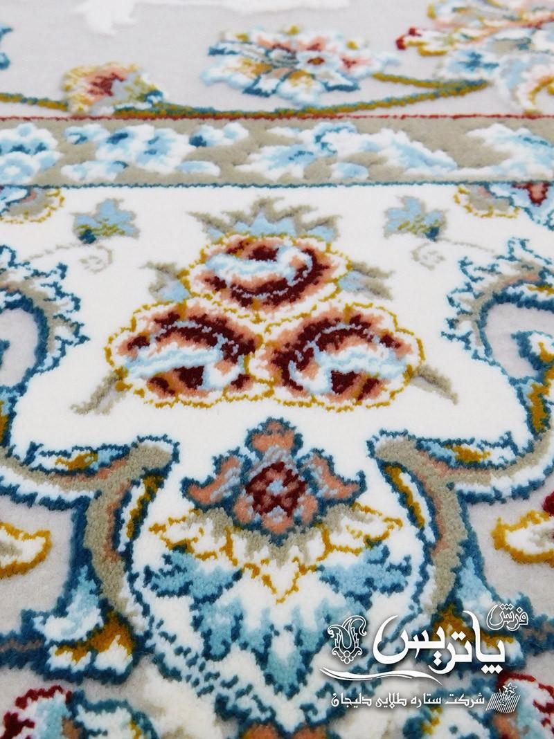 تصویر جزییات نقش و نگار فرش گیتا کرم ۱۰۵۰ شانه فرش پاتریس